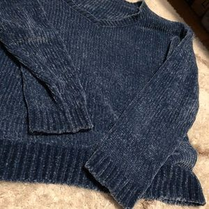 soft light v neck blue cozy sweater